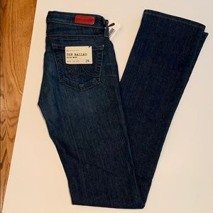 NWT-AG The Ballad slim boot jean /medium wash/ 24